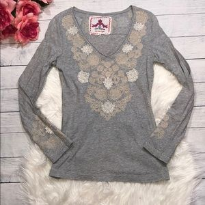 Johnny Was Gray Paisley Embroidered V-neck Top